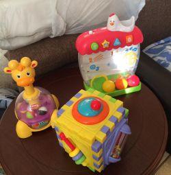 Развивающие игрушки,музыкальные