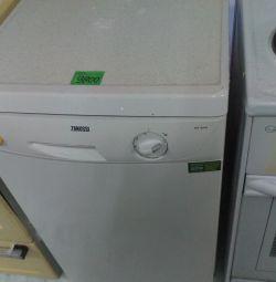 Посудомоечная машина Занусси б/у.