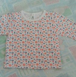 New blouse 0-3mes