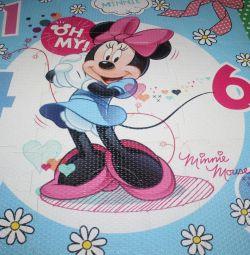 Міккі Маус і Мінні Маус (килимок та іграшки)