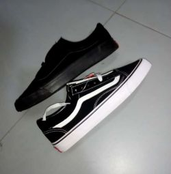 Original Vans in box size 40 to 45