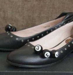 Туфли женские Fabi разм 40 новые