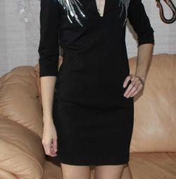 Φόρεμα μάρκας LR με φτερά