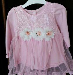 Платье-боди новое от 6мес