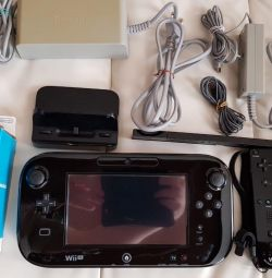 Wii u premium 32gb + контроллеры + диски.