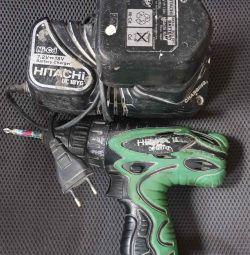 Hitachi DS12DVF3-TA șurubelniță