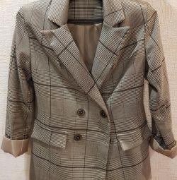 Пиджак удлинeнный
