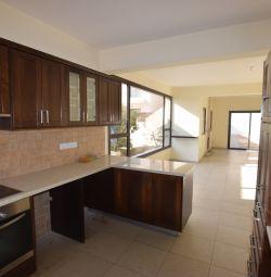Three bedroom House in Konia, Paphos