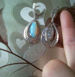 Новые серебряные серьги с нат. лунным камнем