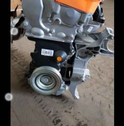 New engine Renault Duster 2.0 gasoline F4R 412