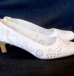 Туфли р39 новые