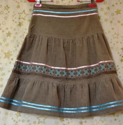 Corduroy skirt khaki new with tag 42-44 Spain