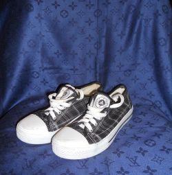 Spor Ayakkabı Yeni R39