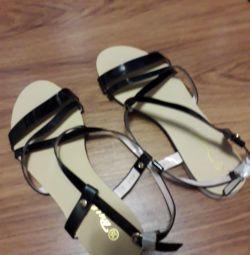 Sandale de vară pentru femei