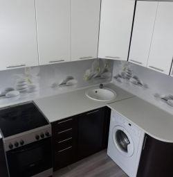 Αρθρωτή κουζίνα 2,4 * 1,5 (γυαλιστερό) στο Nakhodka