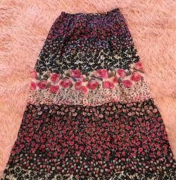 Μεγάλη φούστα δεν είναι φθαρμένη