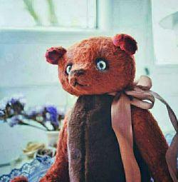 Jucărie făcută manual cu ursuleț