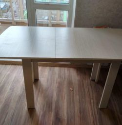 Dining table-transformer Perseus-1