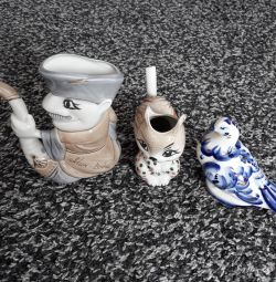 Figurine din porțelan