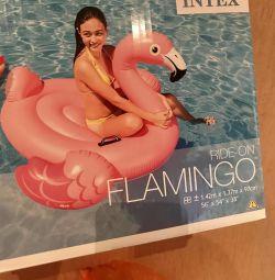 Надувные матрасы «фламинго»