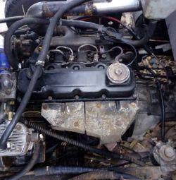 Подам двигатель Nissan Atlas td27