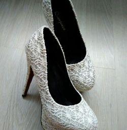 Туфлі нові 23 см