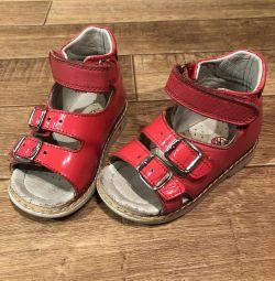Orthopedic sandals 22