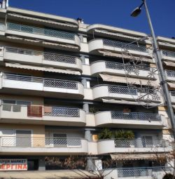 A 5th floor apartment of 116,80 sq.m. (4 rooms, 1