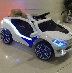 Дитячий електромобіль BMW I8 Діоди
