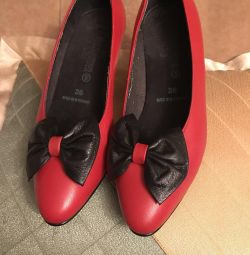 Παπούτσια σελ. 36