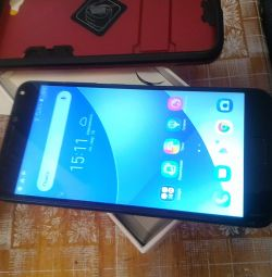 Smartphone ASUS ZenFone 4 Max ZC554KL 32Gb Black (4A