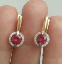 Cercei din aur cu diamante și rubine