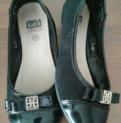 Shoes-flats 32r.