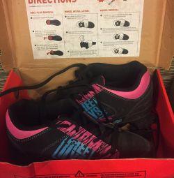 Ανδρικά παπούτσια με ρόδες Heelys