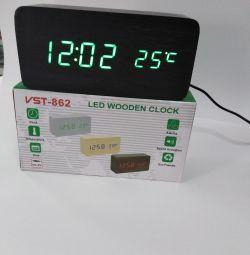 Digital, wooden clock