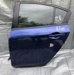 Двері задні ліві Мазда 3 седан Кузов Бл