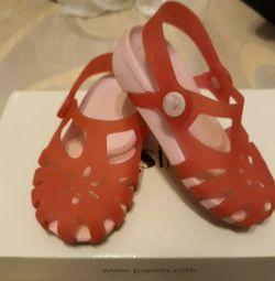 Sandals, sandals Crocs, Crocs.