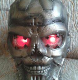 Terminatör Maskesi