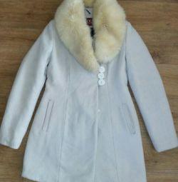 Coat 44r.