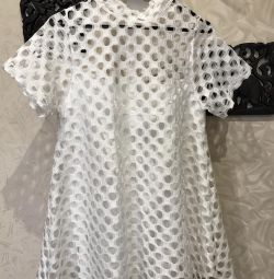 Платье,белоснежное,с подкладом,размер М-44