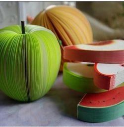 Fructe cu notepad