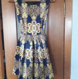 Φόρεμα μεγέθους 42/44