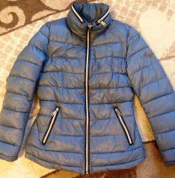 Куртка розмір 42