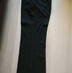 Pantaloni clasici pentru femei cu dimensiunea 46-48
