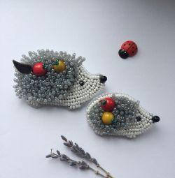 Brooch made of beads