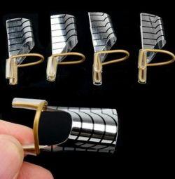 Forme reutilizabile pentru unghii.