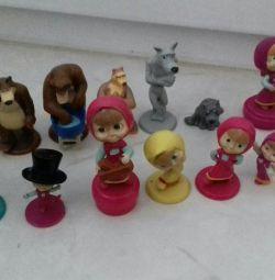 Іграшки кіндер Маша і ведмідь