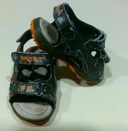 Sandals 22p