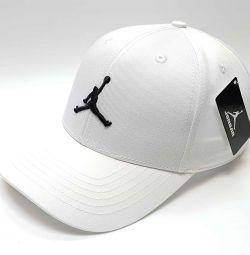 Бейсболка Jordan (білий)