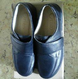 παπούτσια n